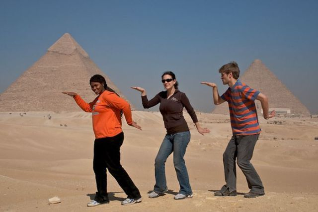 Funny-pics-tourists-take9