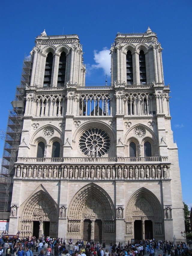 Notre_Dame_Cathedral_09 (1)